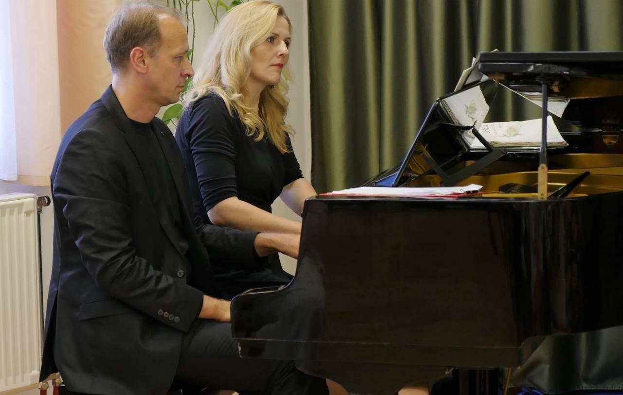 Zene világnapja: Liszt négykezesre