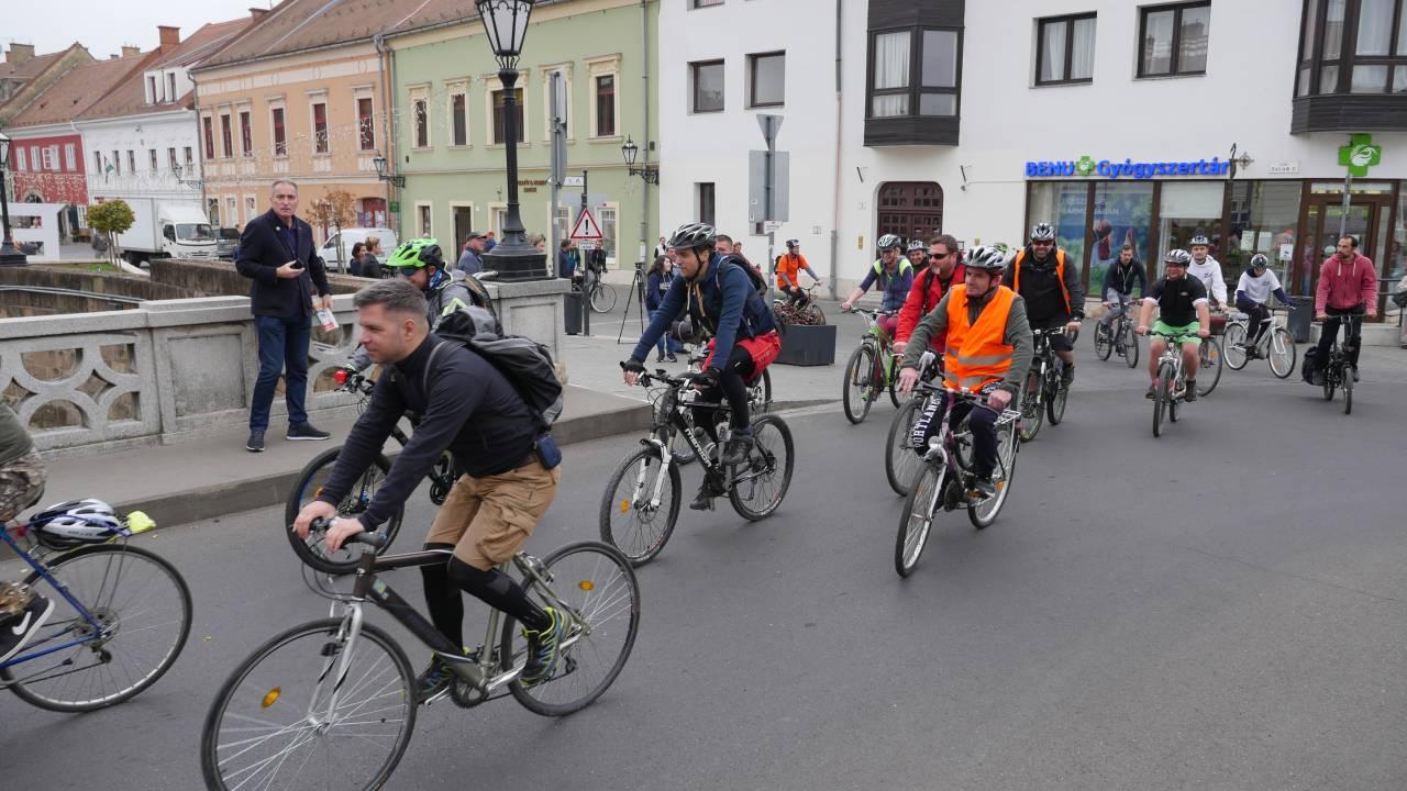 Egerből a Tisza-tóig táblák segítik a kerékpárosokat