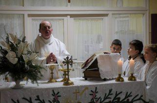 Megszületett a Megváltó! Éjféli misén ünnepeltek a hívek