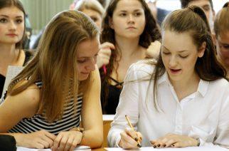 Figyelem diákok, szülők: ösztöndíj-pályázat!